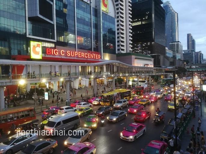 曼谷夜色_水門外交通